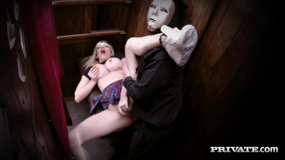 Masturbacion en iglesia - 2 5