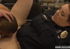 policias latinas suben a la web videos de los delincuentes mientras se las folla