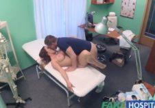 medico se folla a la paciente antes de que llegue la enfermera